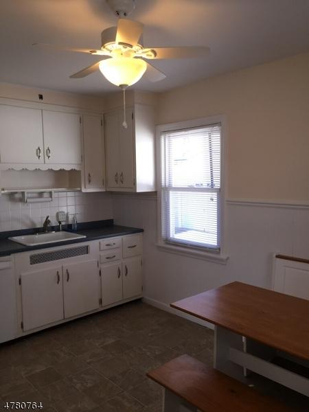 Casa Unifamiliar por un Alquiler en 87 Wilber Street Belleville, Nueva Jersey 07109 Estados Unidos