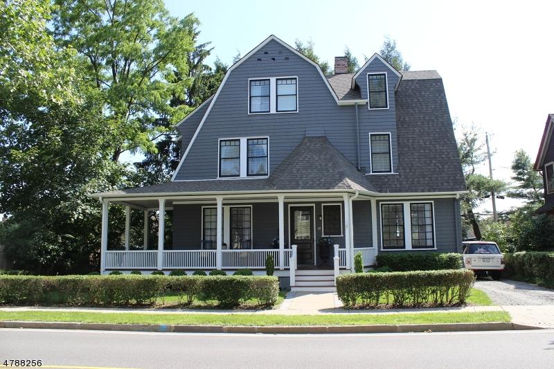 Casa Unifamiliar por un Venta en 17 Franklin Street Morristown, Nueva Jersey 07960 Estados Unidos