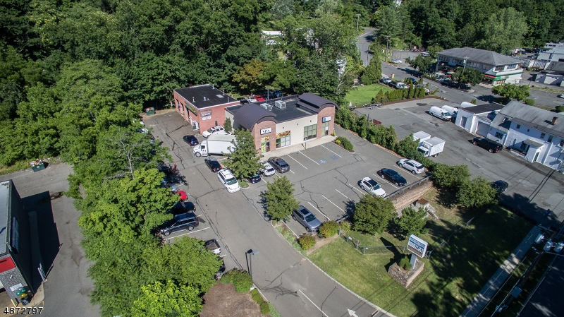 Commercial / Office for Sale at 2252 HAMBURG TPKE Wayne, New Jersey 07470 United States