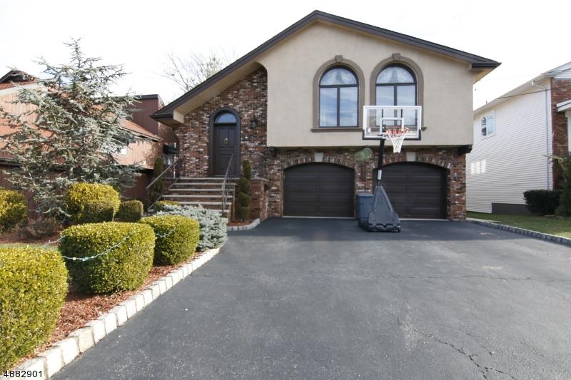 Maison unifamiliale pour l Vente à 28 7TH Street Englewood Cliffs, New Jersey 07632 États-Unis