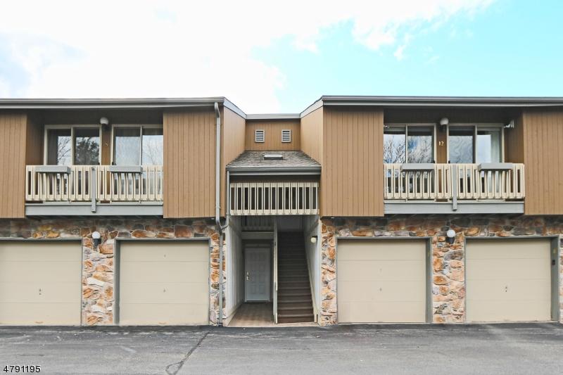 Condominio/ Casa de pueblo por un Alquiler en West Orange, Nueva Jersey 07052 Estados Unidos