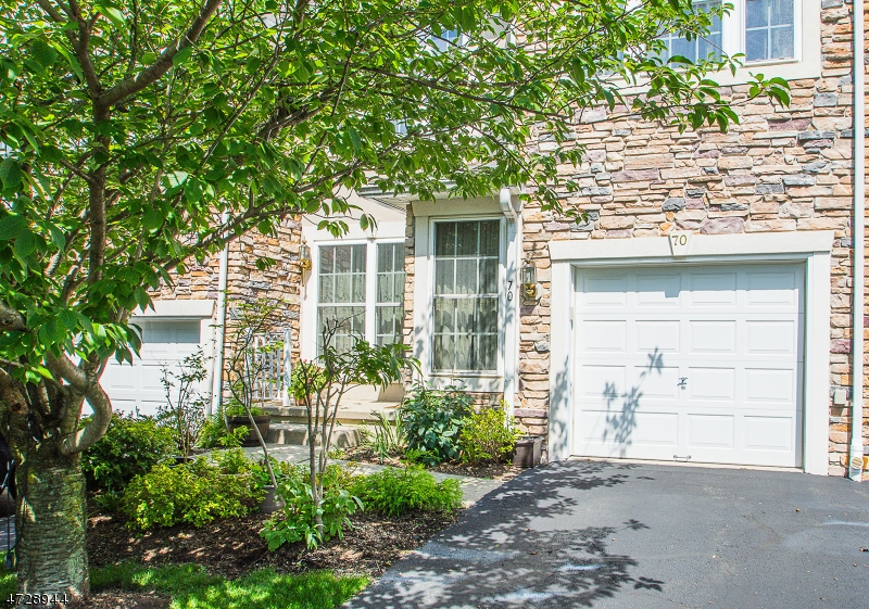 Condominio/ Casa de pueblo por un Venta en North Haledon, Nueva Jersey 07508 Estados Unidos