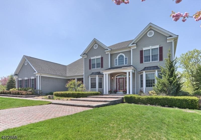 Single Family Homes por un Venta en 103 FINCH Road Ringwood, Nueva Jersey 07456 Estados Unidos