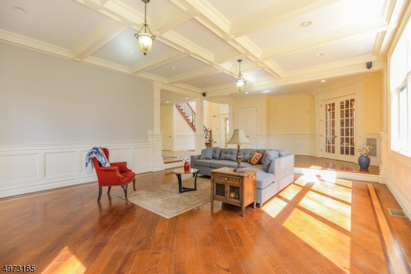 Additional photo for property listing at  西米尔福德, 新泽西州 07480 美国