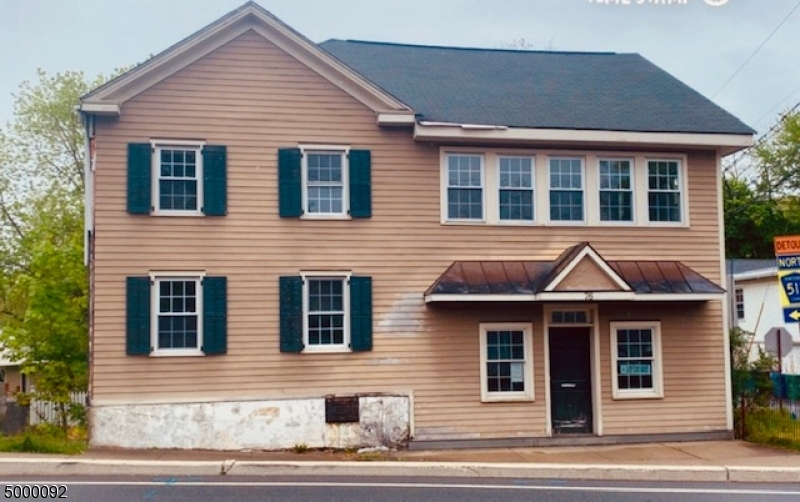 Kommersiell för Försäljning vid Califon, New Jersey 07830 Förenta staterna