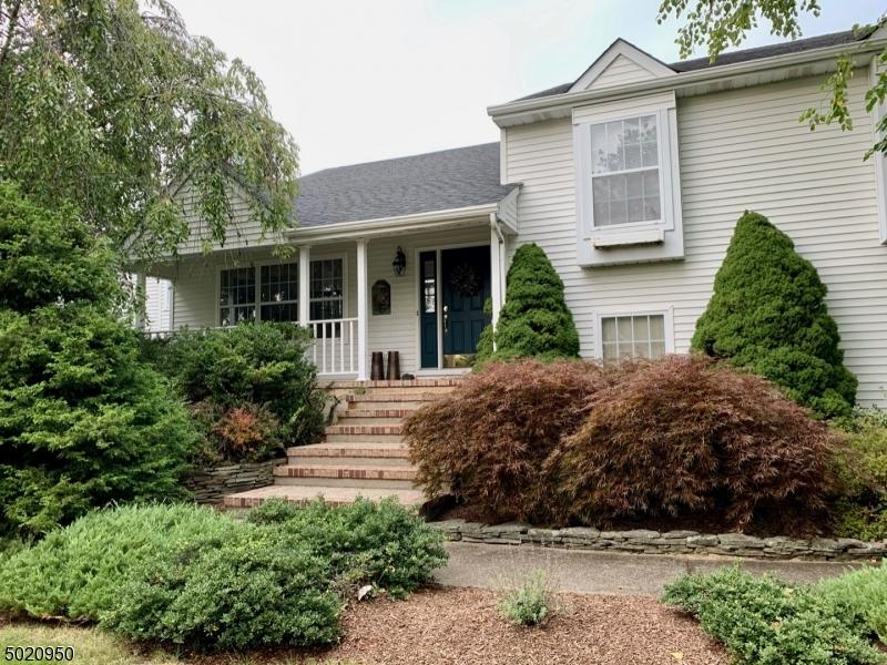 Single Family Homes pour l Vente à Vernon, New Jersey 07461 États-Unis