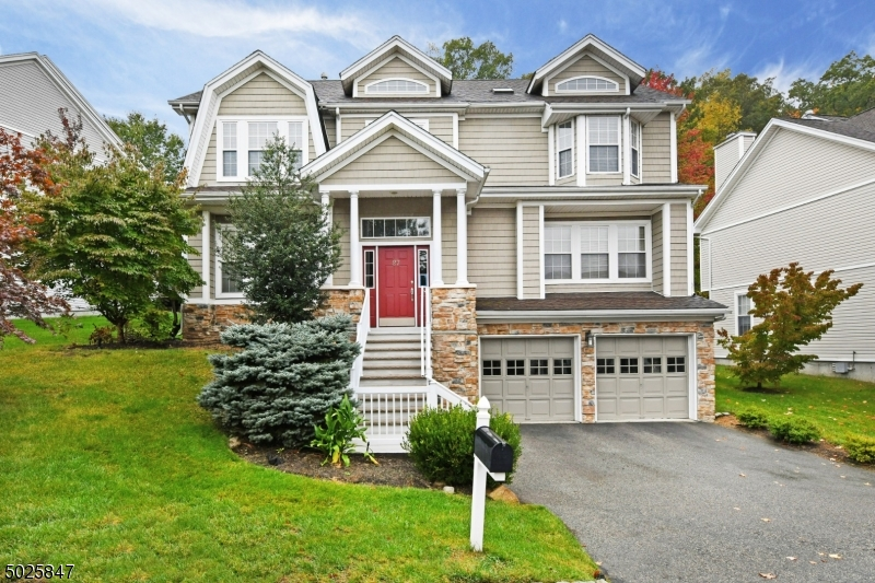Single Family Homes for Sale at Oakland, New Jersey 07436 United States