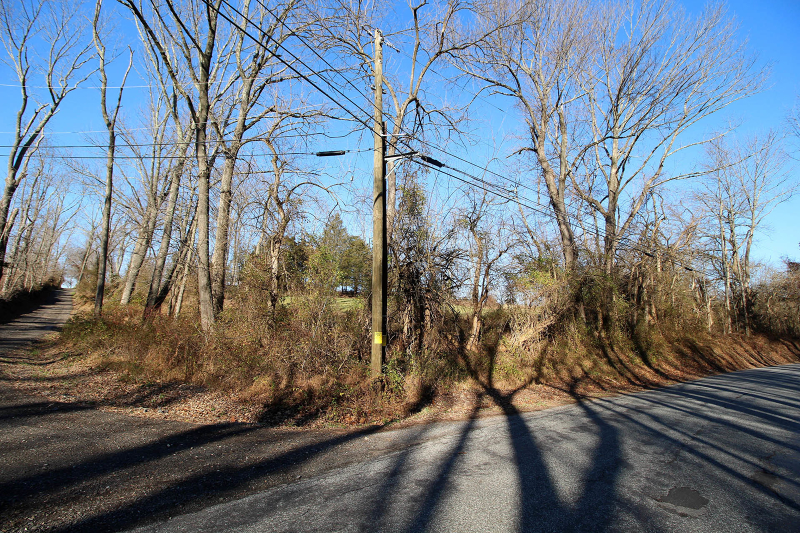 Additional photo for property listing at 103A COLE Road  Whitehouse Station, New Jersey 08889 United States