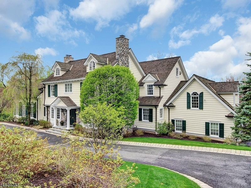 Single Family Home for Sale at 46 Hathaway Lane Essex Fells, New Jersey 07021 United States
