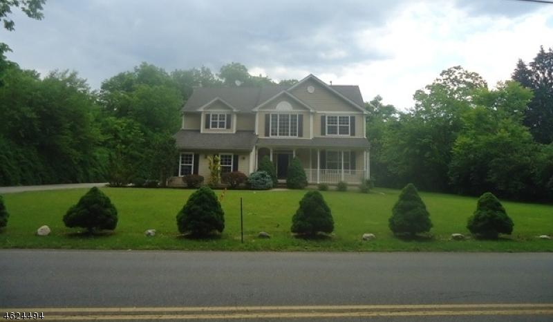 Частный односемейный дом для того Аренда на Address Not Available Montville, 07045 Соединенные Штаты