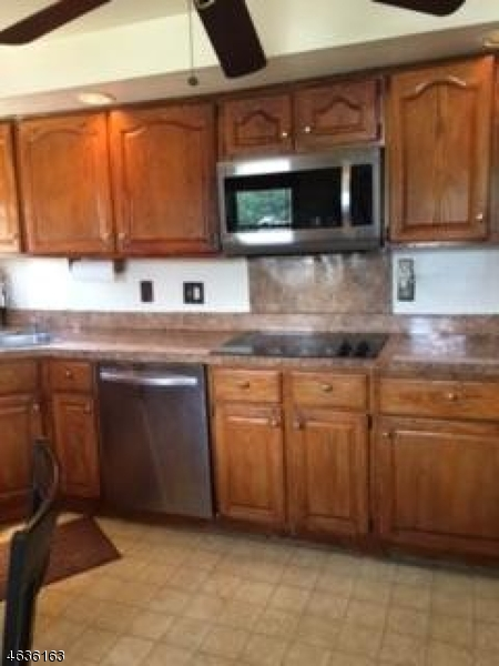 Additional photo for property listing at Address Not Available  Netcong, Nueva Jersey 07857 Estados Unidos