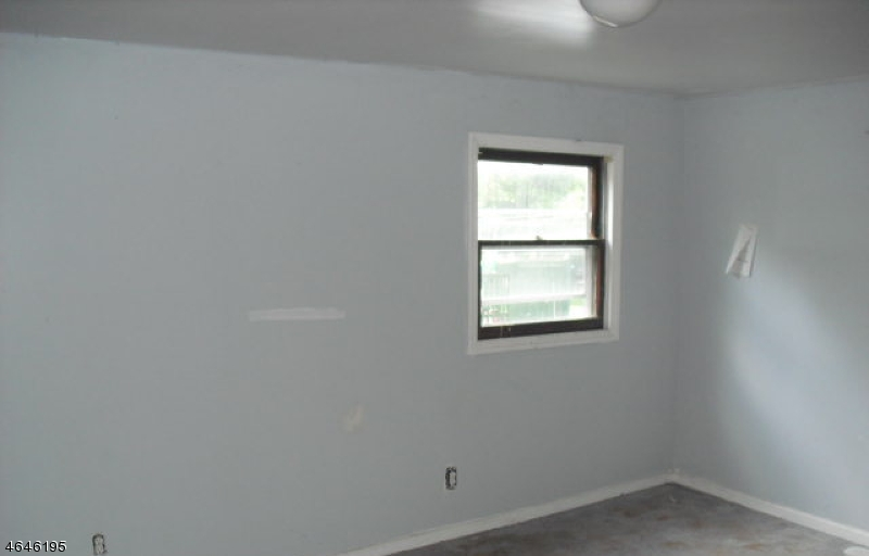 Additional photo for property listing at 75 Central Avenue  Somerville, 新泽西州 08876 美国