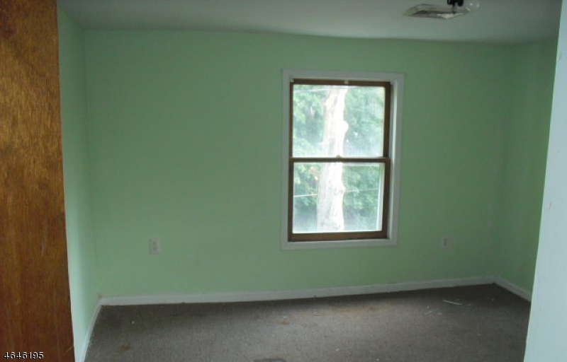 Additional photo for property listing at 75 Central Avenue  Somerville, New Jersey 08876 United States