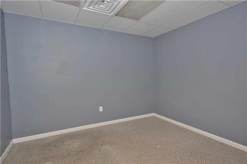 Additional photo for property listing at 19 E Main Street  Little Falls, New Jersey 07424 United States