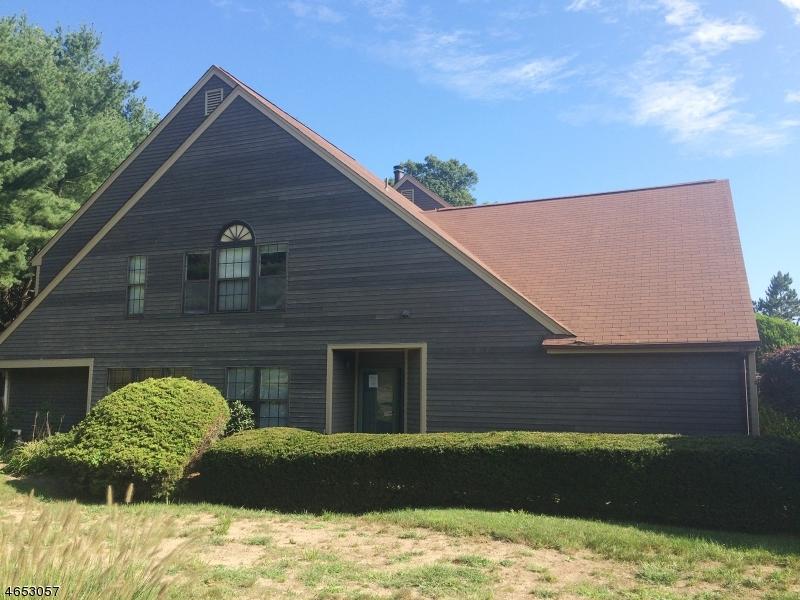Casa Unifamiliar por un Venta en 10A NEW BEDFORD Road West Milford, Nueva Jersey 07480 Estados Unidos