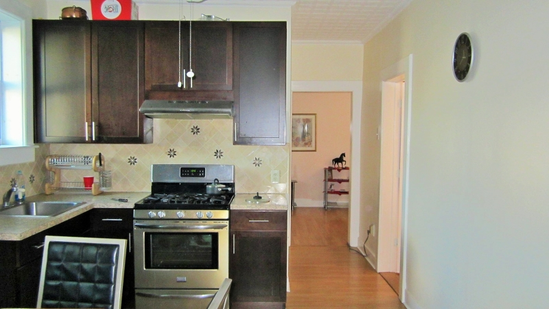 Additional photo for property listing at 233 Lakeview Avenue  Clifton, New Jersey 07011 États-Unis
