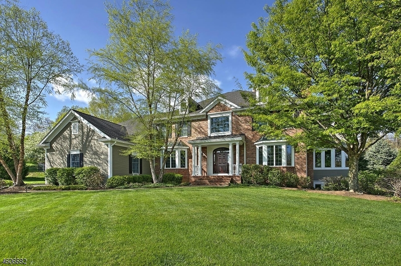 Single Family Home for Sale at 33 Ridgeview Drive Basking Ridge, 07920 United States