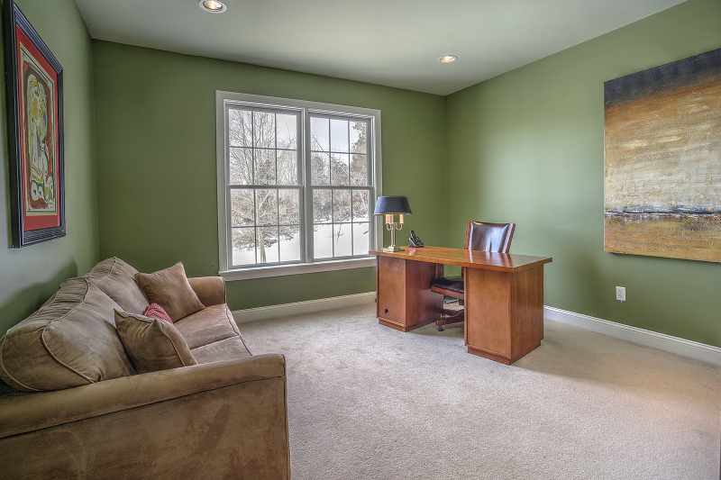 Additional photo for property listing at 2 Meadow View Court  Somerville, Нью-Джерси 08876 Соединенные Штаты