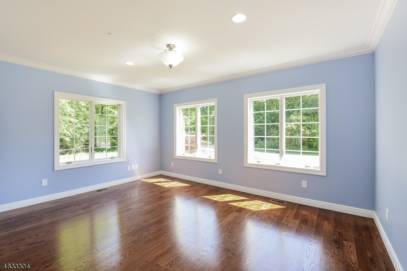 Additional photo for property listing at 50 S Glen Road  Butler, Nueva Jersey 07405 Estados Unidos