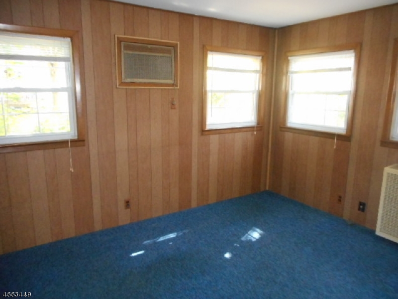 Additional photo for property listing at 945 Braun Ter  Union, New Jersey 07083 United States