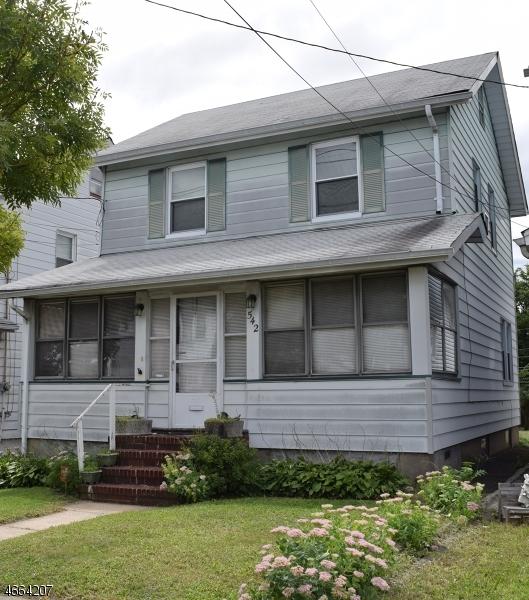 Casa Unifamiliar por un Venta en 542 Beardsley Avenue Bloomfield, Nueva Jersey 07003 Estados Unidos