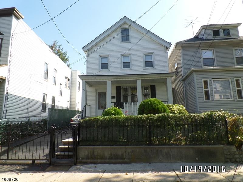 独户住宅 为 销售 在 722 Valley Street Orange, 07050 美国