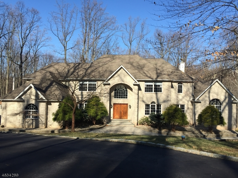 Additional photo for property listing at 10 Mountain Road  Tewksbury Township, Нью-Джерси 08833 Соединенные Штаты