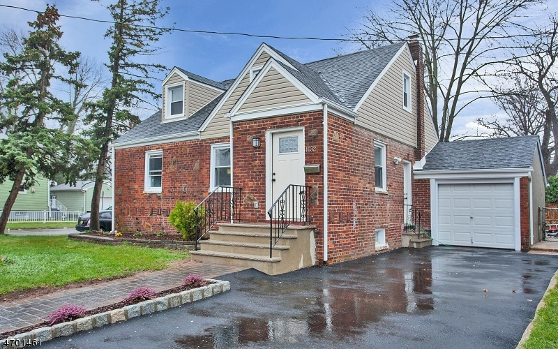 Single Family Home for Sale at 1032 Sheridan Avenue Roselle, New Jersey 07203 United States