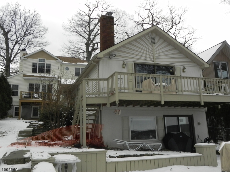 Single Family Home for Sale at 121 Maxim Drive Hopatcong, New Jersey 07843 United States