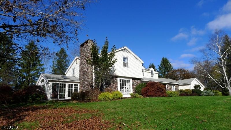 獨棟家庭住宅 為 出售 在 122 Hope Road Blairstown, 新澤西州 07825 美國