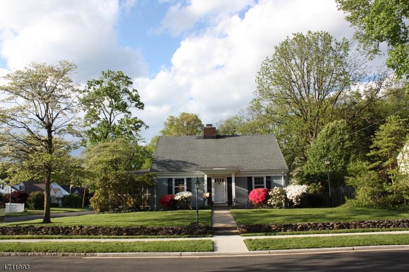 Частный односемейный дом для того Продажа на 29 Chestnut Street Bound Brook, 08805 Соединенные Штаты
