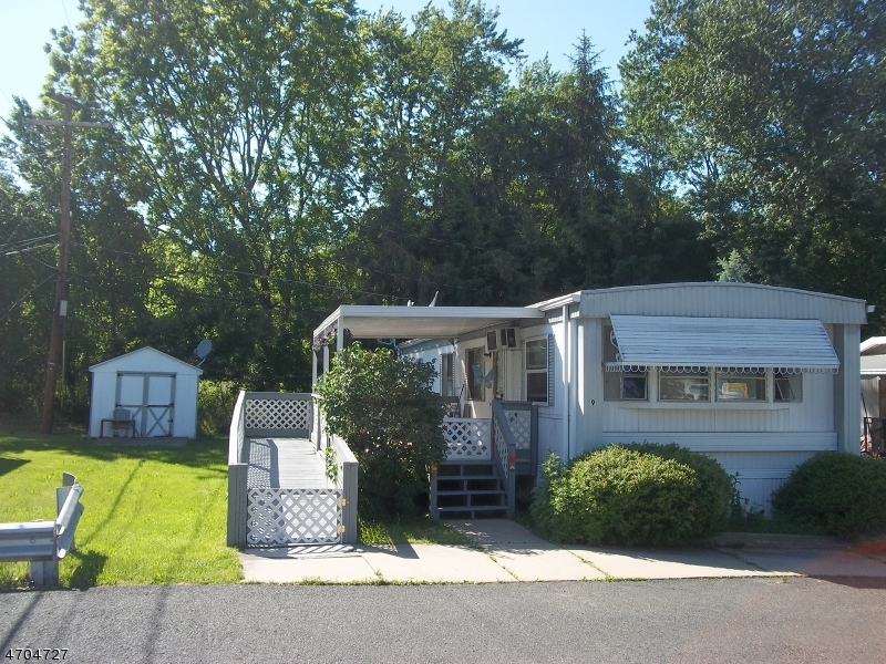 Single Family Home for Sale at 1114 ROUTE 28 Branchburg, New Jersey 08876 United States