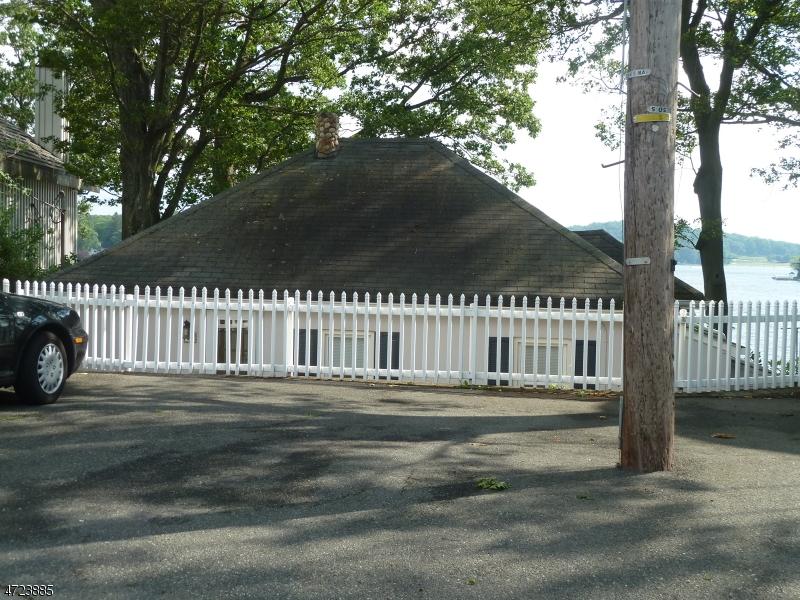 独户住宅 为 销售 在 95 Bertrand Island Road 阿灵顿山, 07856 美国
