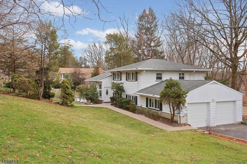 Casa Unifamiliar por un Alquiler en 1189 Puddingstone Road Mountainside, Nueva Jersey 07092 Estados Unidos