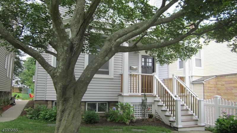 Частный односемейный дом для того Аренда на 22 Gould Street Verona, Нью-Джерси 07044 Соединенные Штаты