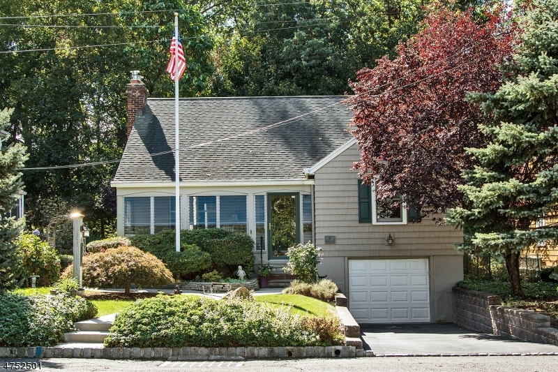 House for Sale at 5 Monroe Avenue 5 Monroe Avenue Roseland, New Jersey 07068 United States