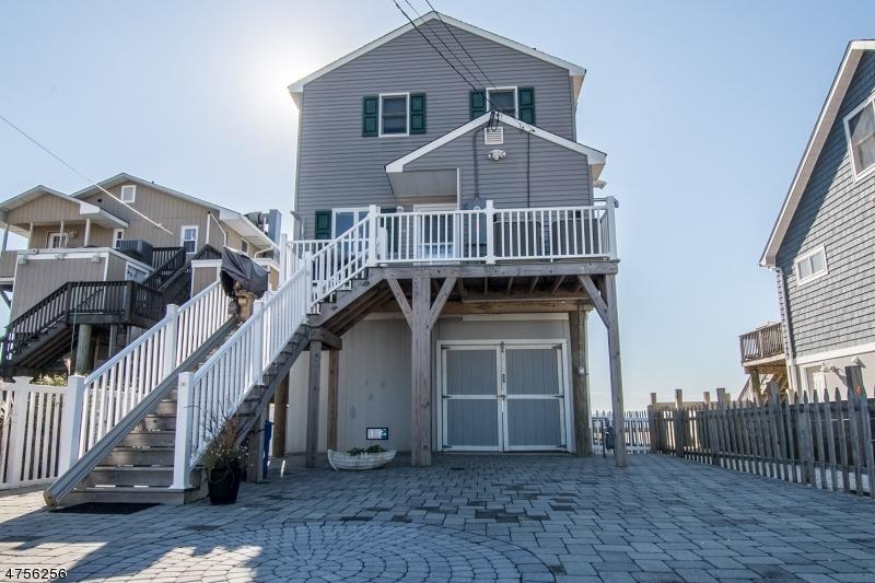 Maison unifamiliale pour l Vente à 103 Parker Road Tuckerton, New Jersey 08087 États-Unis