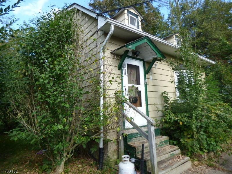 Частный односемейный дом для того Продажа на 1059 County Road 521 Stillwater, Нью-Джерси 07860 Соединенные Штаты