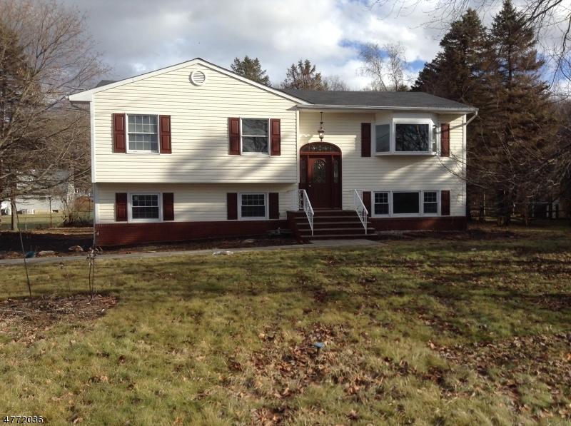 Einfamilienhaus für Verkauf beim 10 Longview Road 10 Longview Road Andover Township, New Jersey 07860 Vereinigte Staaten