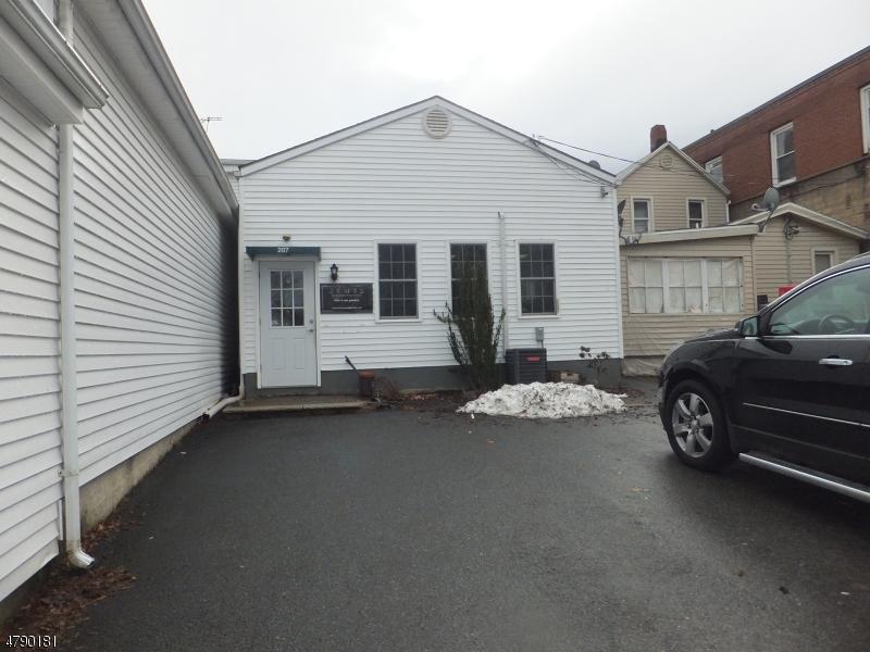komerziell für Mieten beim 207 Main Street Hackettstown, New Jersey 07840 Vereinigte Staaten