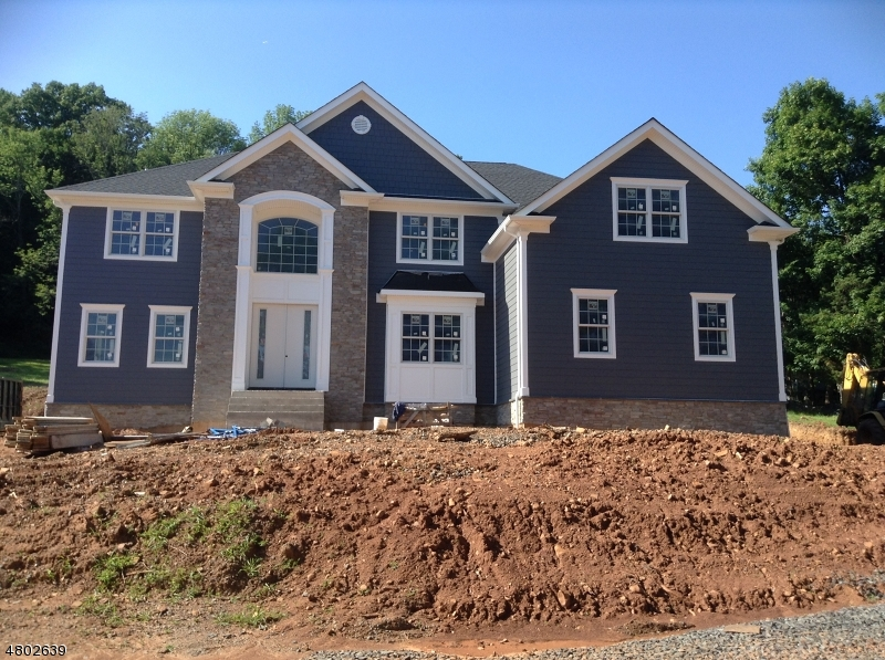 Частный односемейный дом для того Продажа на 2141 Washington Valley Road Bridgewater, Нью-Джерси 08836 Соединенные Штаты