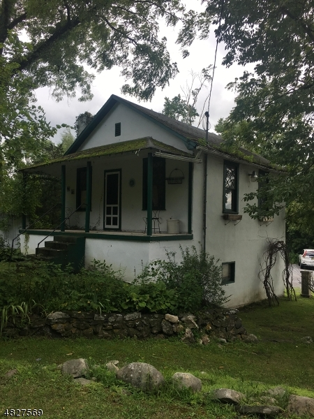 Additional photo for property listing at 1040 county road 521  Stillwater, 新澤西州 07860 美國