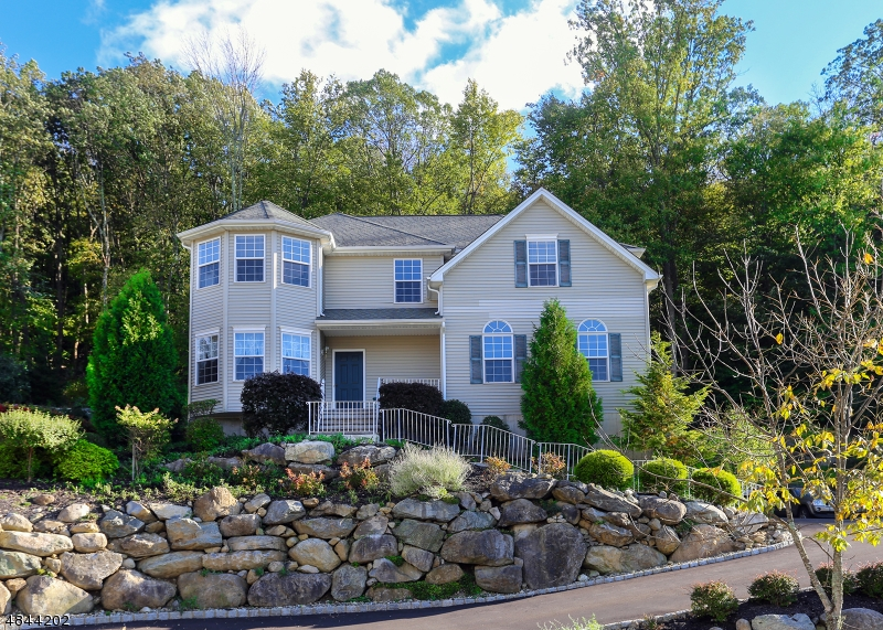Single Family Home for Sale at 37 BOWERS Drive Allamuchy, New Jersey 07840 United States