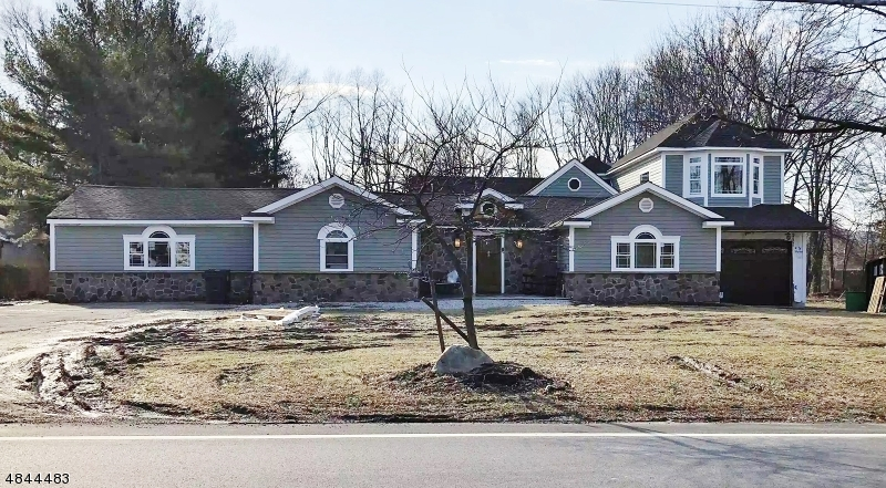 Single Family Home for Sale at 227 PARSIPPANY Road Hanover, New Jersey 07981 United States