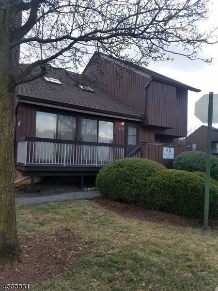 Condo / Townhouse pour l à louer à 43 BLOOMINGDALE Drive Hillsborough, New Jersey 08844 États-Unis