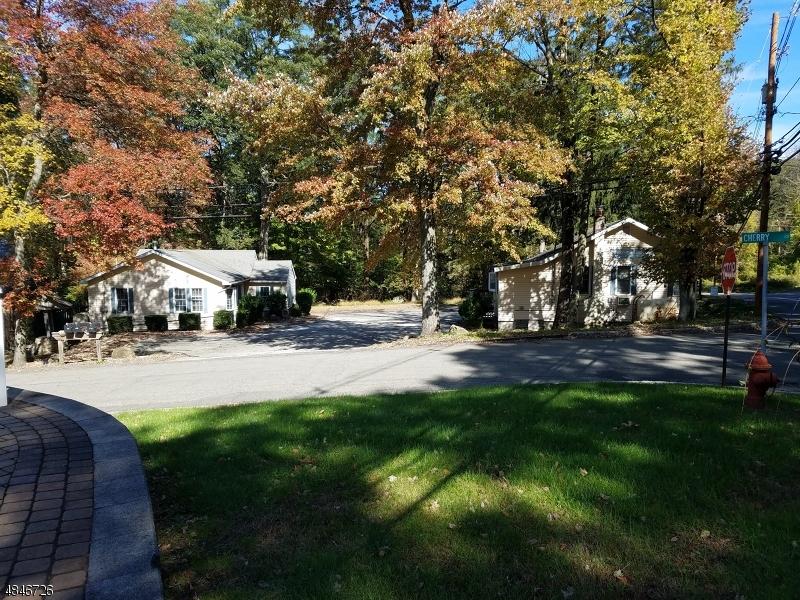 商用 为 销售 在 211 ESPANONG Road Jefferson Township, 新泽西州 07849 美国