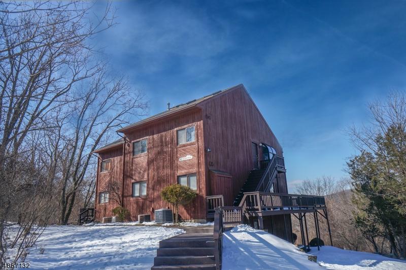 Condominio / Townhouse per Vendita alle ore 3 HILTON HEAD DR UNIT 1 Vernon, New Jersey 07462 Stati Uniti