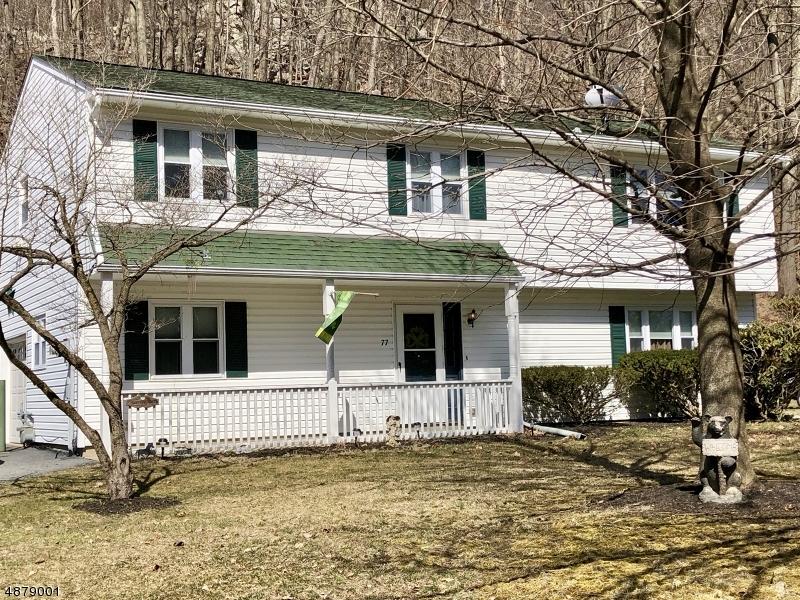 Частный односемейный дом для того Продажа на 77 WOODLAND Drive Vernon, Нью-Джерси 07462 Соединенные Штаты