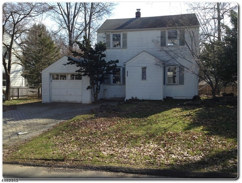 Single Family Home for Sale at 19 PINE Street Closter, New Jersey 07624 United States