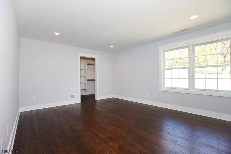 Additional photo for property listing at 2141 Washington Valley Road  Bridgewater, New Jersey 08836 United States